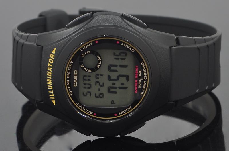 8247121c011 Reloj Casio f-200w